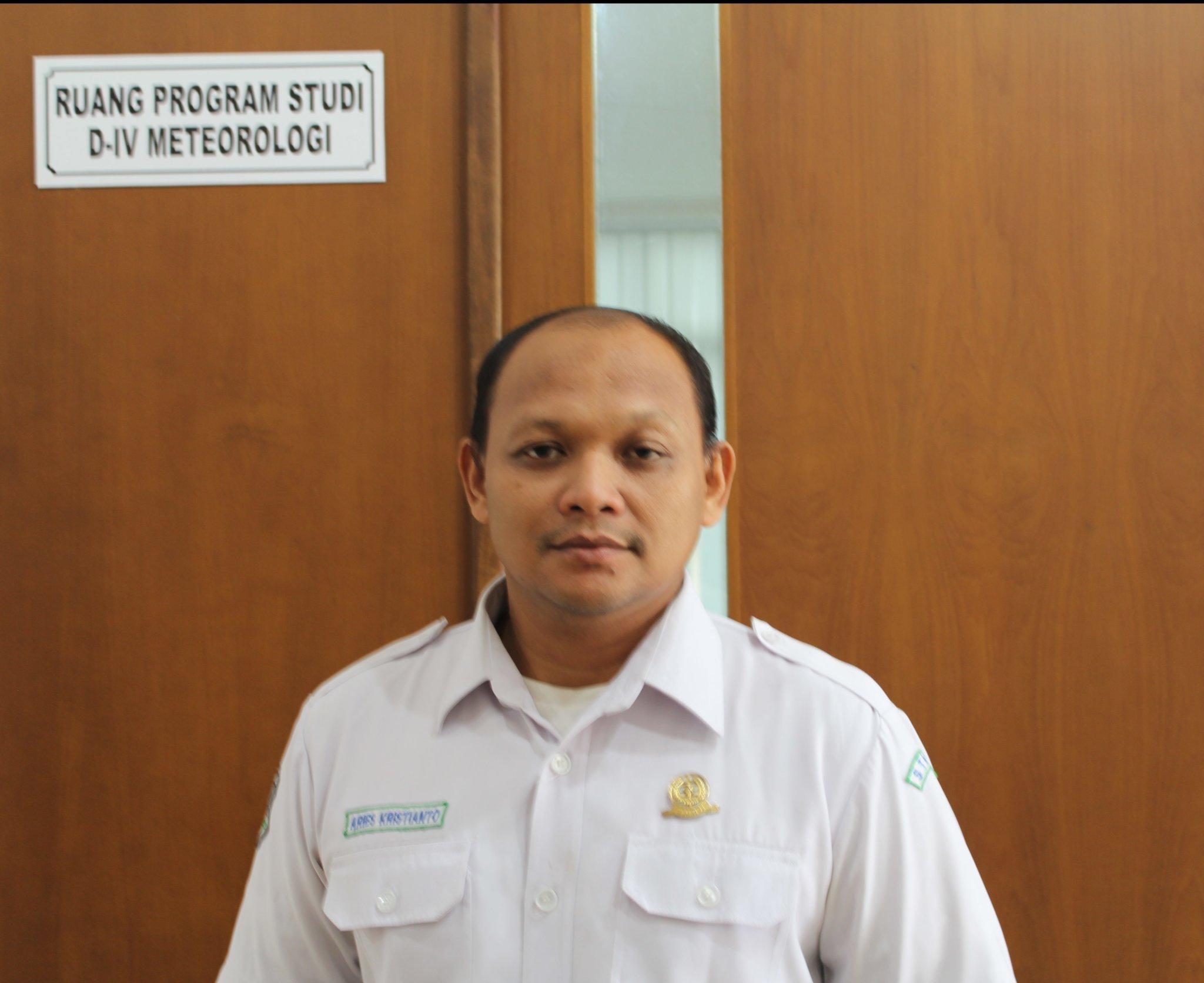 Dr. Aries Kristianto, ST., M.Si